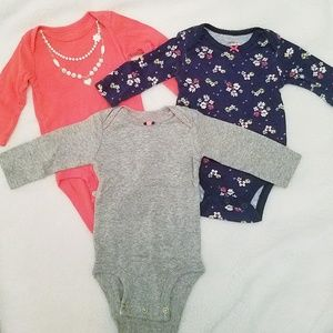 Carter's Long Sleeve Onesies size 3M